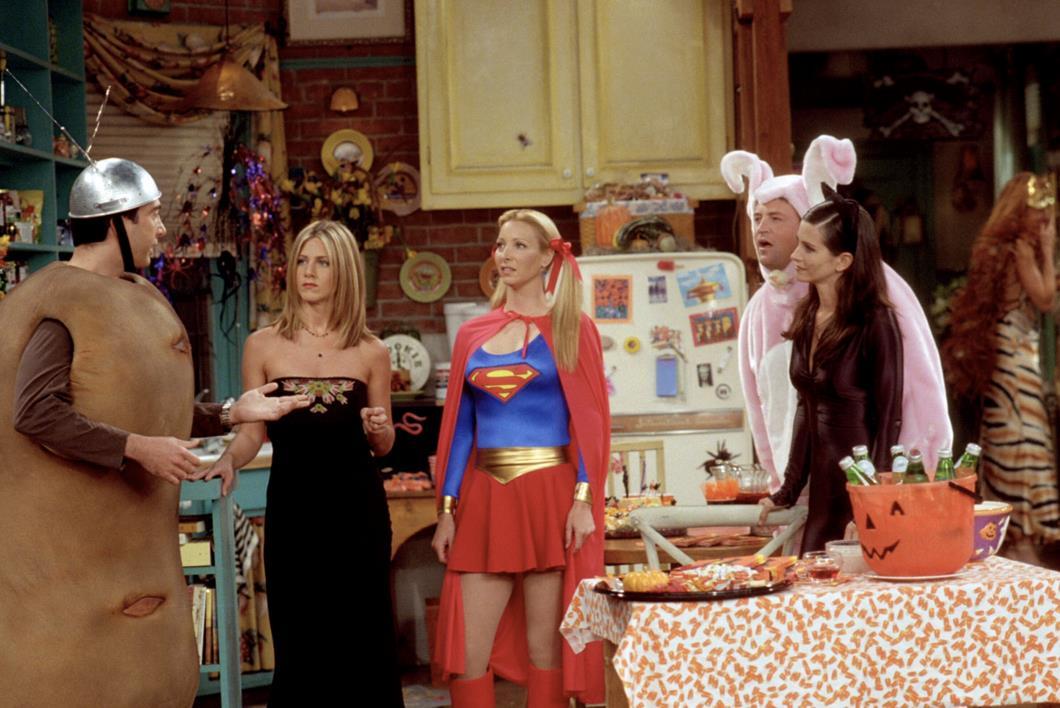 Gli amici di Friends durante la loro festa di Halloween