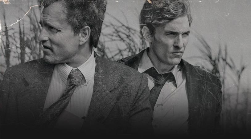Rust e Marty interpretati da Woody Harrelson e Matthew McConaughey in True Detective