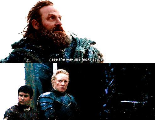 Brienne disgustata mentre Tormunt innamorato