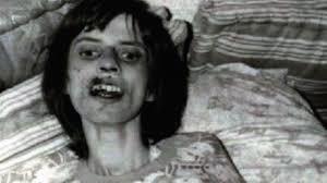 Anneliese Michel, morta durante il suo esorcismo