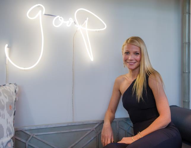 Gwyneth Paltrow posa per Goop