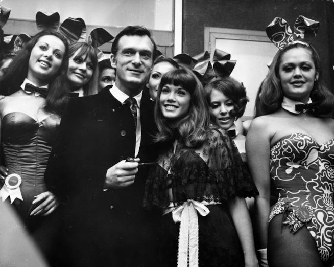 Hugh Hefner e le conigliette negli anni '60