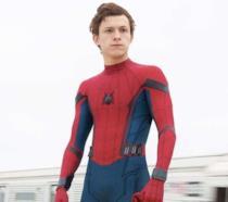 Un'immagine che ritrae Tom Holland nei panni di Spider-Man