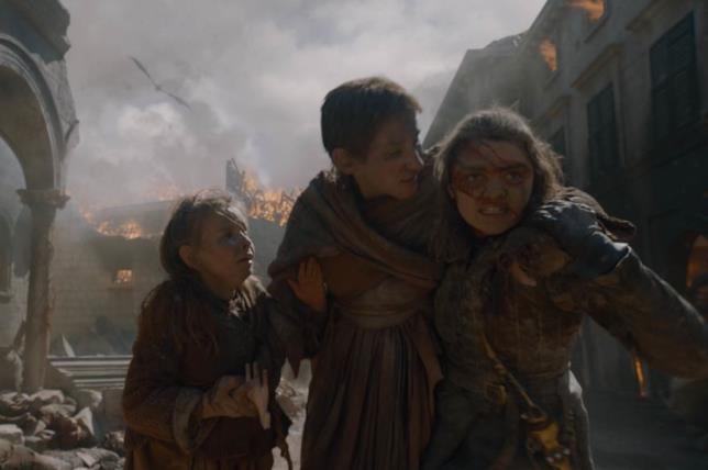 Alcuni cittadini di Approdo del Re caduti in Game of Thrones 8x05, nonostante gli sforzi di Arya