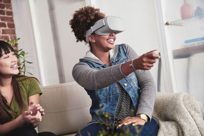 Oculus Go è il primo casco VR standalone