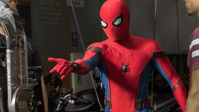 Spider-Man: Homecoming, Tom Holland in costume sul set