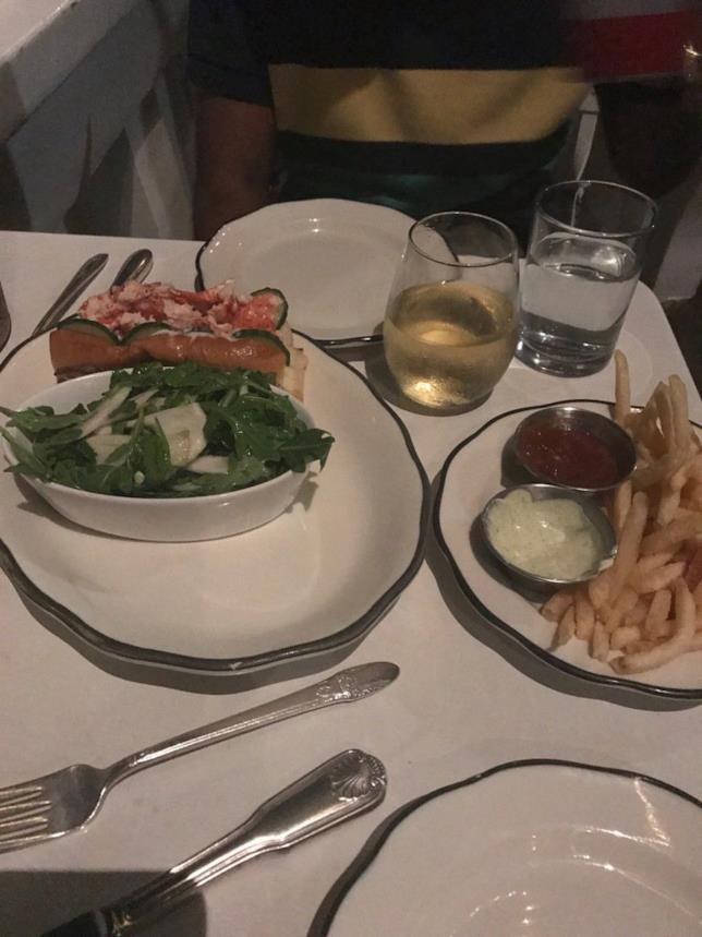 La cena di Ansari con la ragazza