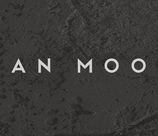 La scritta Alan Moore sul nuovo romanzo