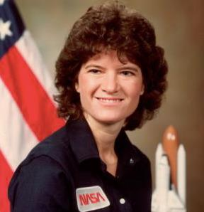 Sally Ride in tenuta NASA