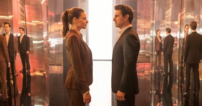 Rebecca Ferguson e Tom Cruise