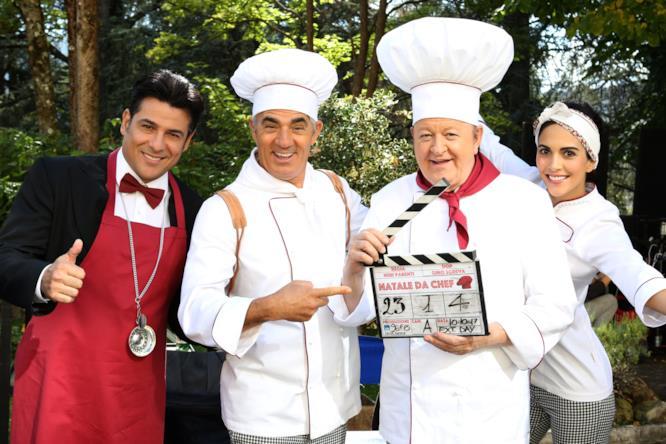 Boldi, Morales, Bandiera e Izzo in Natale da Chef