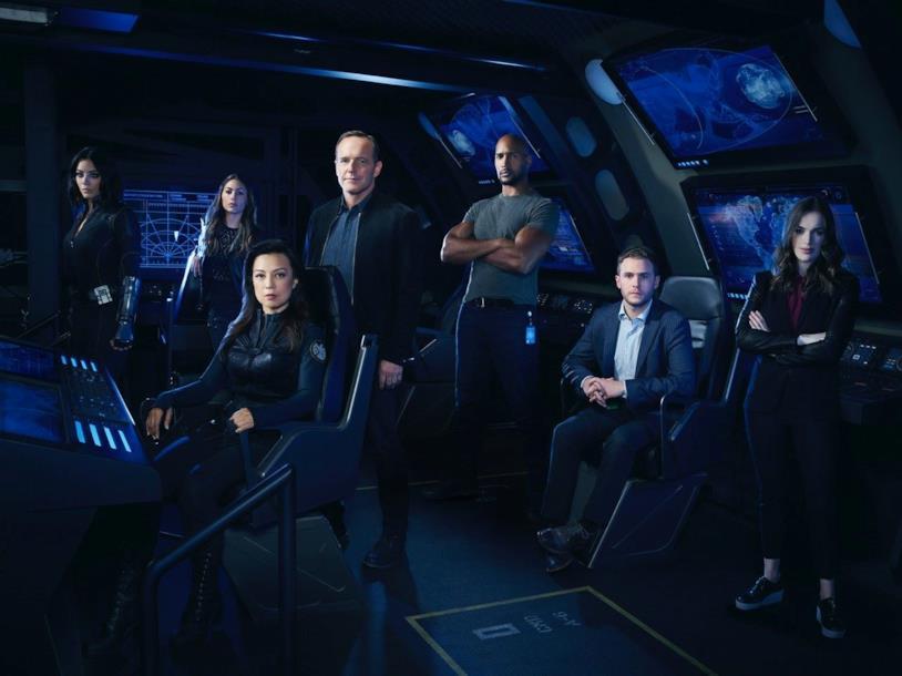 Il cast di Agents of S.H.I.E.L.D. in una foto promozionale