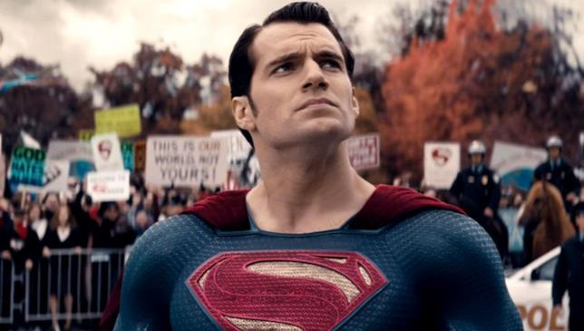 Henry Cavill è Superman in Dawn of Justice