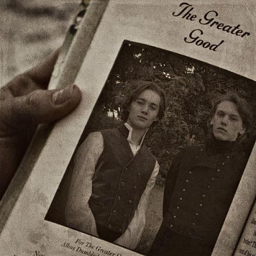 I giovani Silente e Grindelwald in una scena della saga Harry Potter