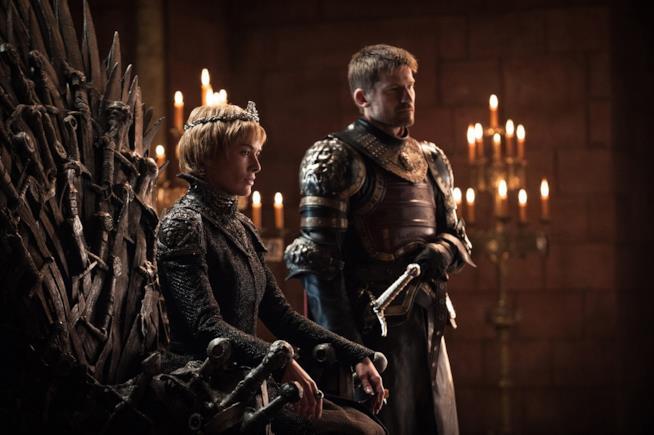 Cersei e Jaime sul trono di spade