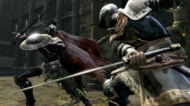 Uno dei feroci combattimenti di Dark Souls Remastered