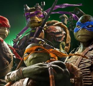 Un primo piano di Donatello, Raffaello, Leonardo e Michelangelo