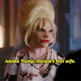 La maschera di Ivana Trump in Scream Queens