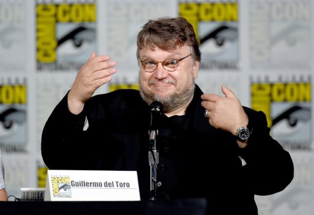 Il regista Guillermo del Toro invita il pubblico del Comic-Con a porgli delle domande