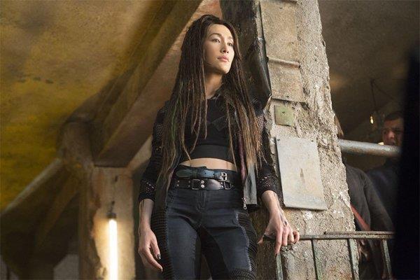 Maggie Q è Tori Wu