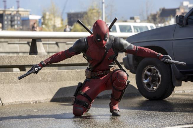 Ryan Reynolds è Deadpool nel film di Tim Miller