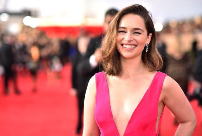 Emilia Clarke sul tappeto rosso