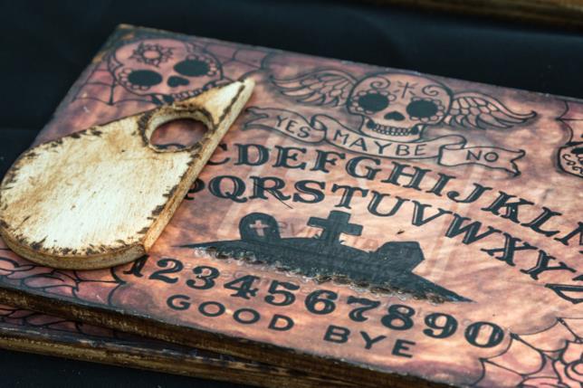 Una tavola Ouija