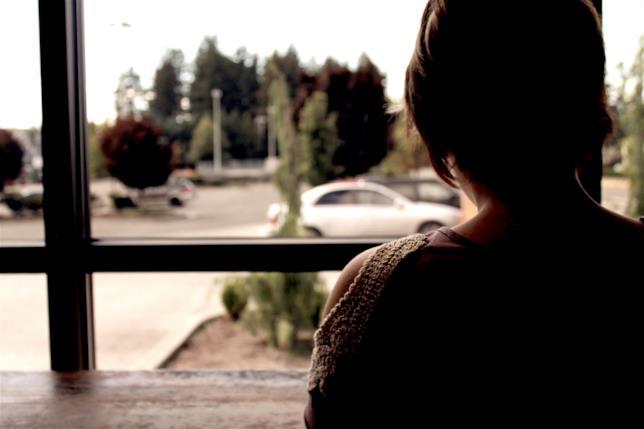 Una donna alla finestra