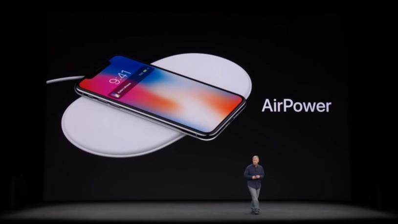 Phil Schiller presenta AirPower all'evento Apple di settembre 2017