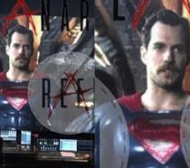 Un primo piano di Henry Cavill in Justice League