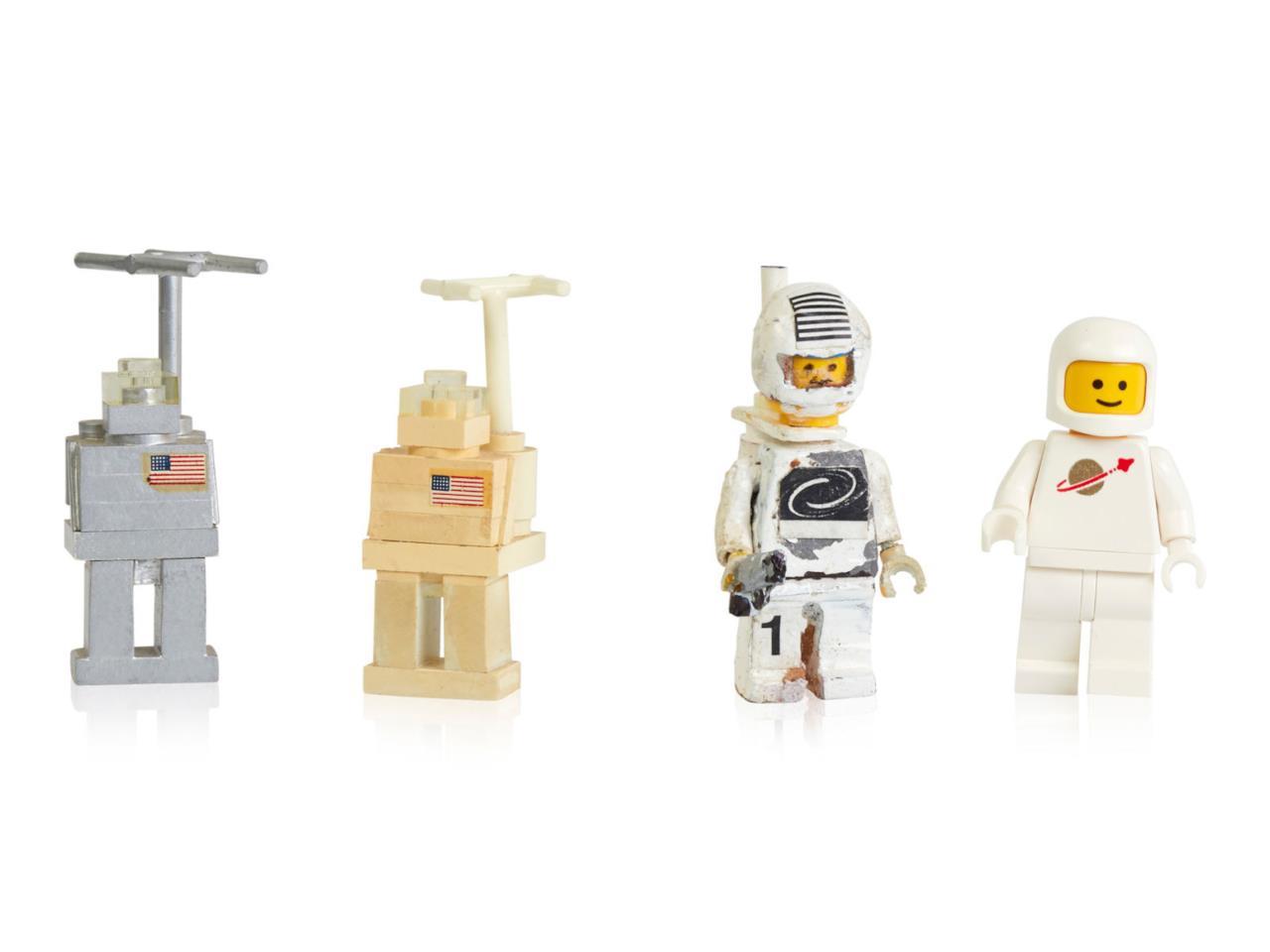 Le Minifigure Lego Compiono 40 Anni Ecco Comerano Allinizio