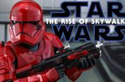 Un primo piano del nuovo Stormtrooper rosso di Star Wars - L'Ascesa di Skywalker