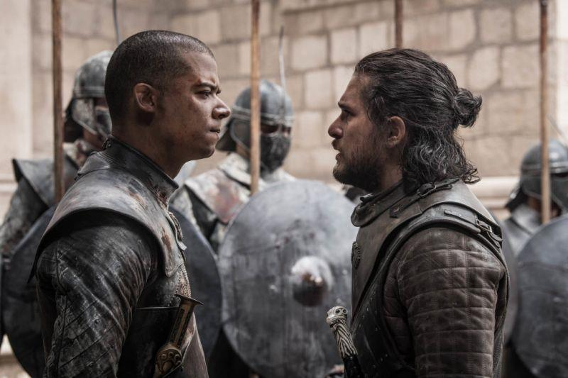 Jacob Anderson e Kit Harington in Game of Thrones 8x06