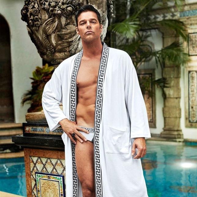 Ricky Martin in una scena di American Crime Story