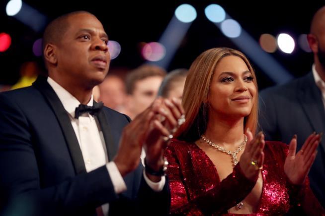 Jay Z con Beyoncé ai Grammys 2017