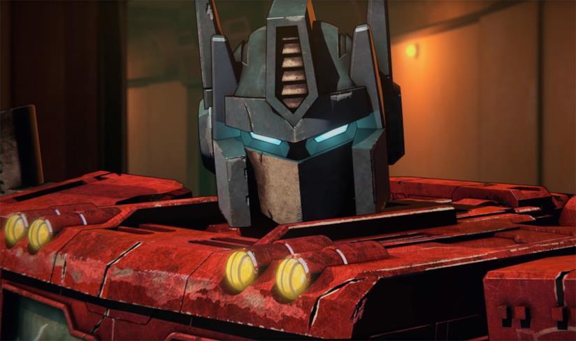 Un primo piano di Optimus Prime