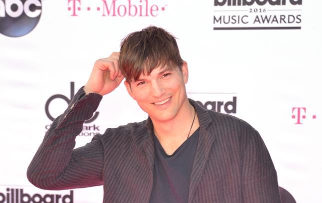 Primo piano di Ashton Kutcher