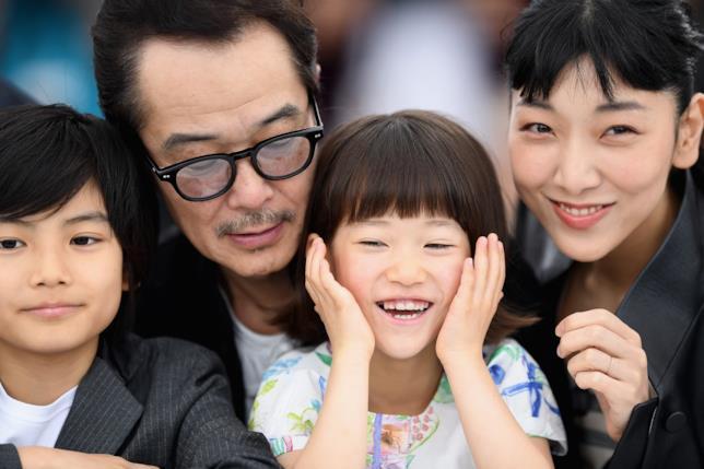 Il cast di Un affare di famiglia a Cannes