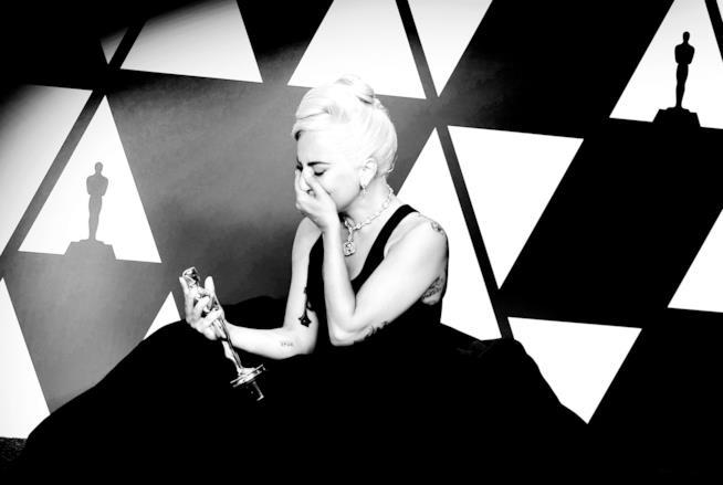 Lady Gaga vince l'Oscar per A Star is Born