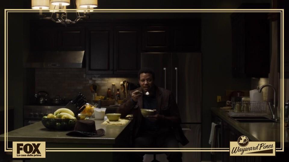 Episodio 3: quando lo sceriffo Pope entra nella cucina di Theresa Burke. Semplicemente terrificante!