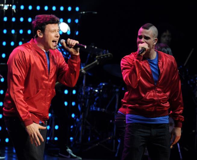 Mark Salling canta con Cory Monteith