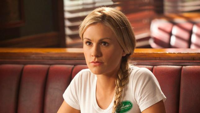 Primo piano di Sookie Stackhouse (Anna Paquin), protagonista della serie HBO True Blood