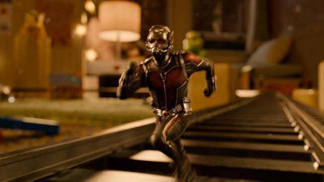 Paul Rudd come Ant-Man nel film del 2015