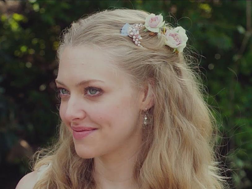 Amanda Seyfriend in un primo piano di Big Wedding