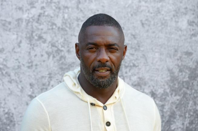 Idris Elba è l'uomo più sexy del mondo secondo la rivista