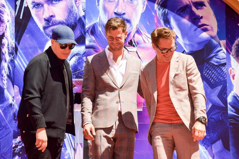 Kevin Feige, Chris Hemsworth e Robert Downey Jr. nel tour promozionale di Avengers: Endgame