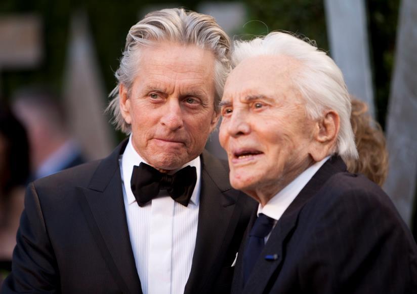 Kirk Douglas con il figlio Michael Douglas