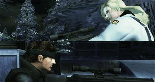 Solid Snake combatte con Sniper Wolf