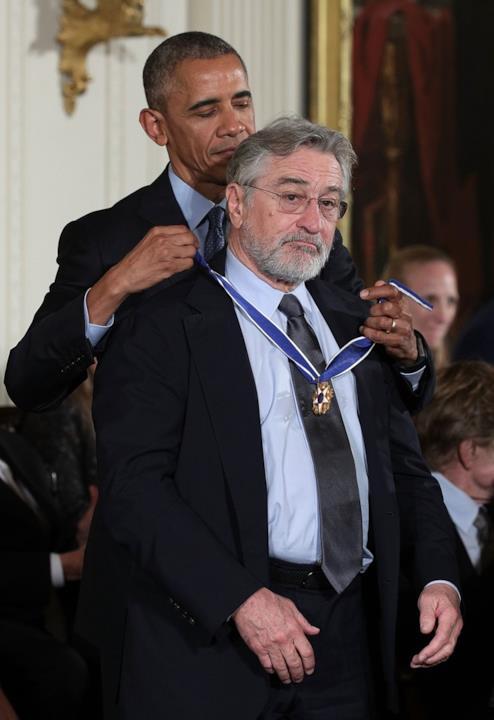 Robert De Niro riceve la Medaglia Presidenziale della Libertà da Barack Obama