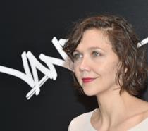 Primo piano dell'attrice Maggie Gyllenhaal